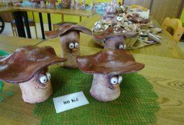 Prodej keramiky z výtvarné dílny na Domě s pečovatelskou službou